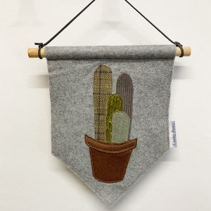 Plant Pots Wall Hanging